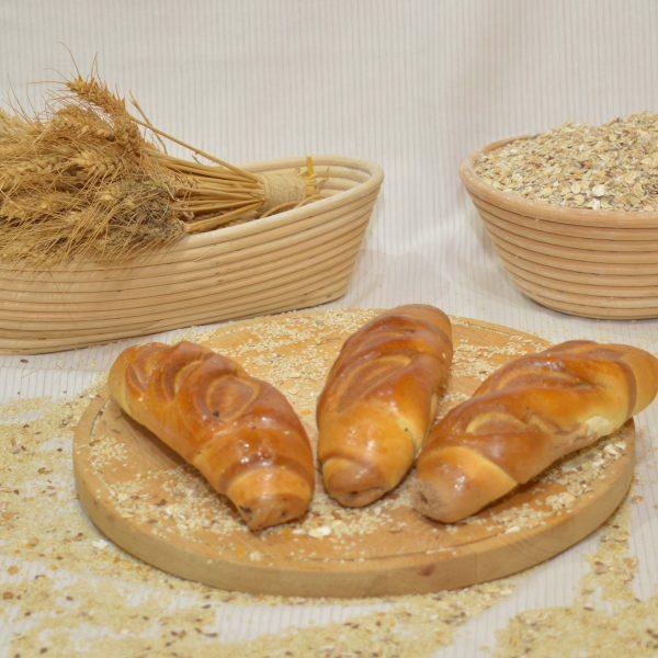 papp pékség, fatörzs kifli, pékáru, mezőkövesd
