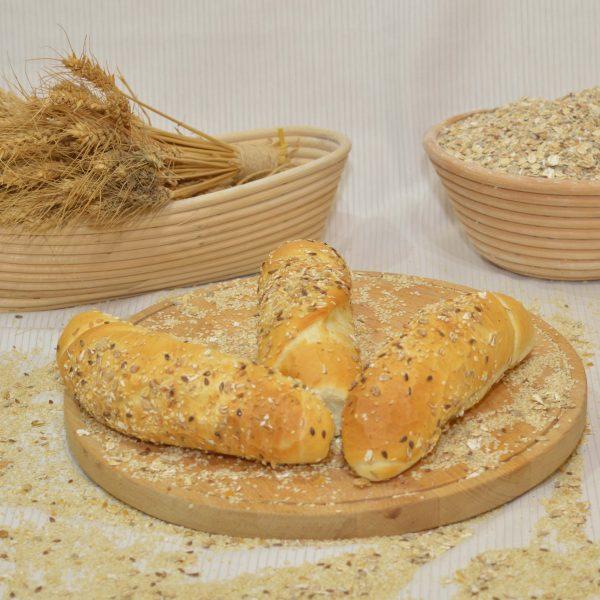 magvas kifli, papp pékség, pékáru, mezőkövesd