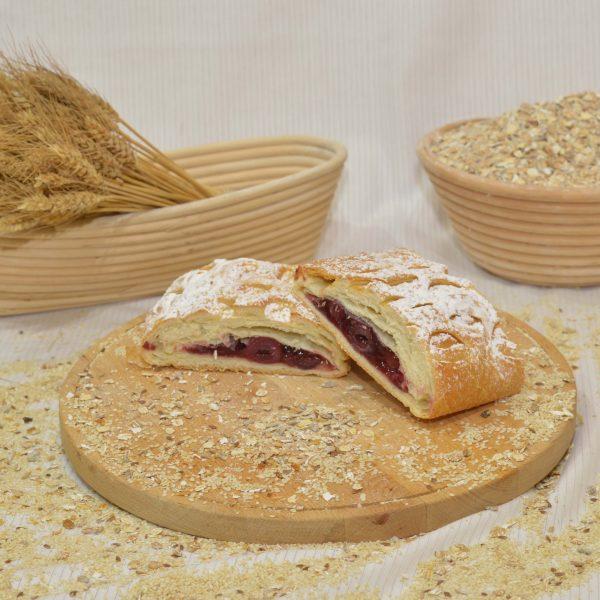 meggyes rétes, papp pékség, pékáru, mezőkövesd